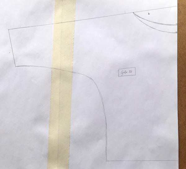 Selbst erstelltes Schnittmuster für eine Fledermaus-Bluse