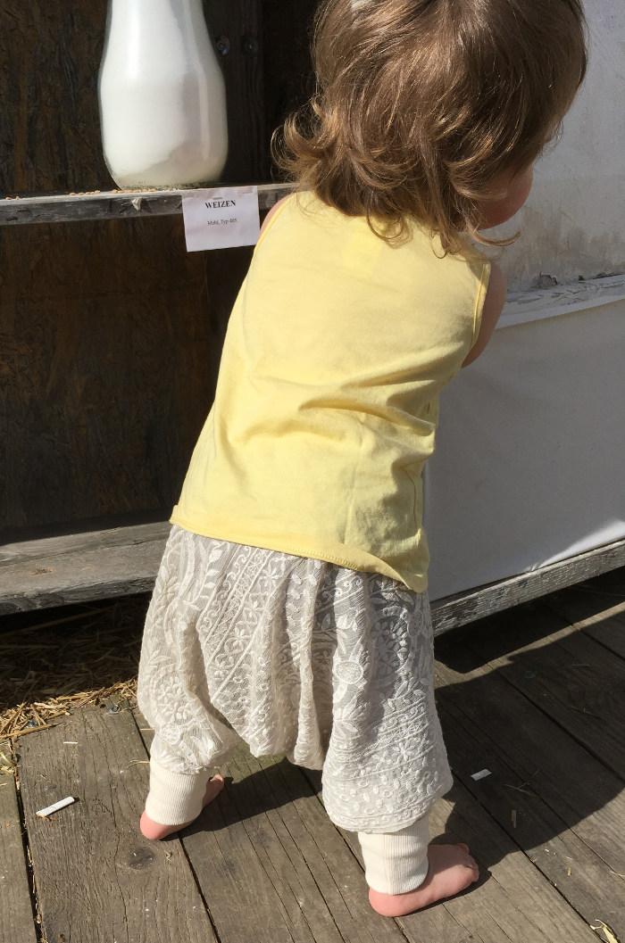 Pumphose Purzelinchen aus Spitze als luftige Sommerhose