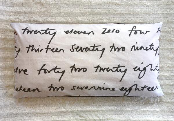 Kissen 40x80cm mit Hotelverschluss in schwarz-weiß