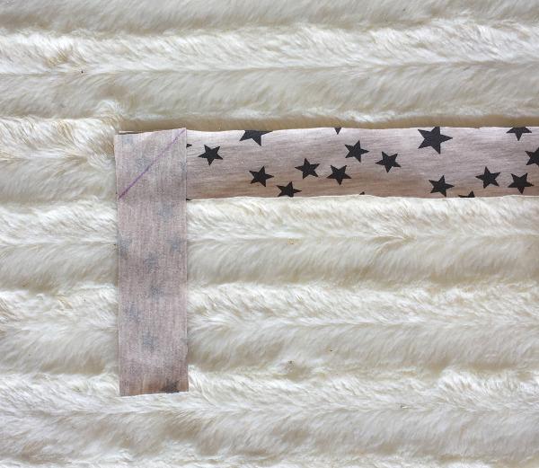Selbst gemachtes Jersey-Schrägband verlängern - schräge Naht einzeichnen