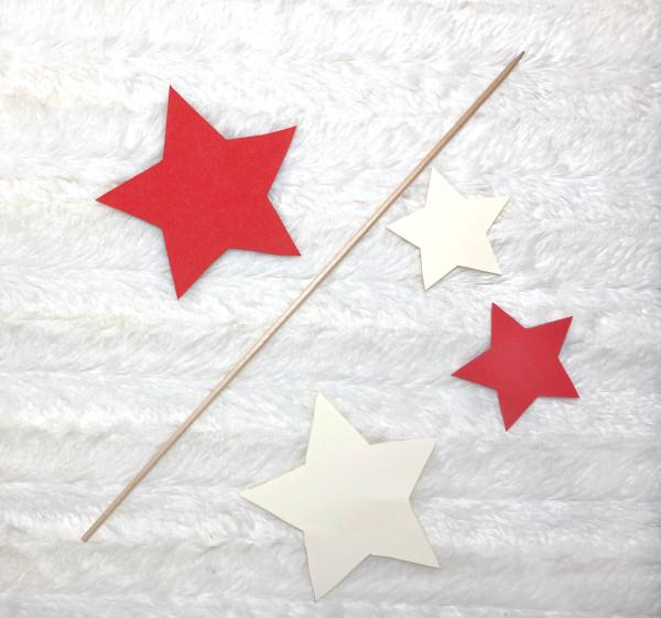 Zauberstab basteln: 4 Sterne und ein Schaschlik-Spieß