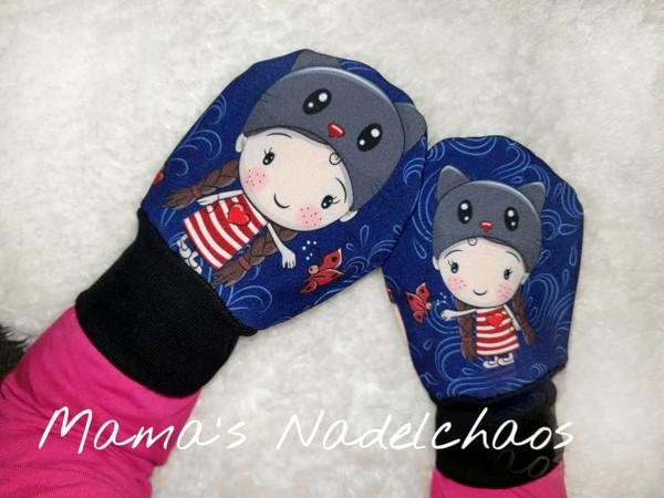 Einfacher selbstgenähter Handschuh mit Mädchen-Motiv