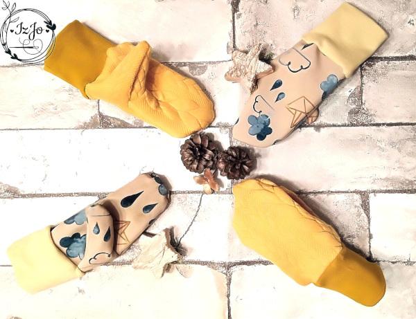 Flatlay gelbe Handschuhe - Softshell und Strickstoff